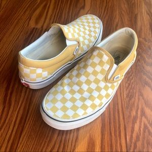 White & Yellow checkered Slip on Vans Size 9.5